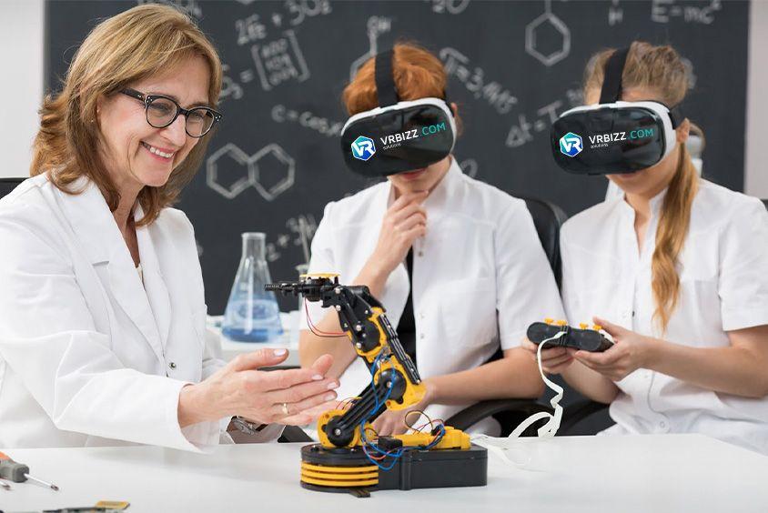 A VR alkalmazás fejlesztés lehetőségei, avagy mit nem tudunk a VR-ról